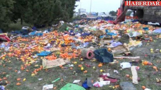 Tem'de Sebze ve Meyve Yüklü Kamyon Devrildi: 3'ü Ağır 6 Yaralı