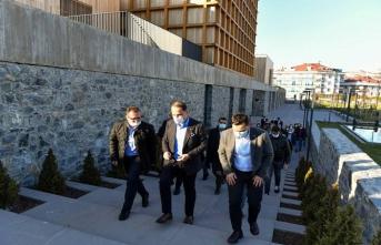 Beylikdüzü Belediye Başkanı Mehmet Murat Çalık 'tan birlik beraberlik mesajı