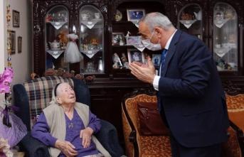Küçükçekmece Belediye Başkanı Kemal Çebi: Asırlık çınarları ziyaret etti