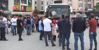 76 kişi gözaltına alındı