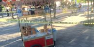 bspan style=color:#0000ffAdliye önünde bıçaklı infaz/span/b