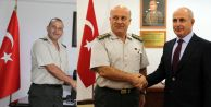 Akgün#039;den komutanlara ziyaret