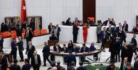 AKP kulisleri, yüzde 51#039;i tartışıyor