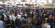 Atatürk Havalimanında yoğunluk şimdiden başladı
