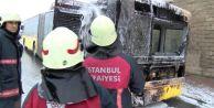 Başakşehir#039;de Seyir Halindeki İett Otobüsünde Yangın