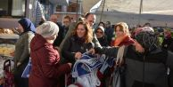 Başkan Cem Karadan Bez Çanta Hediyesi