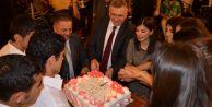 Başkan öğretmenler gününü meslektaşlarıyla kutladı