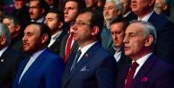 Binali Yıldırım, Ekrem İmamoğlu#039;nun gitmesini bekledi!