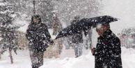 Bir ilde daha eğitime kar engeli