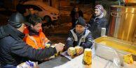 Büyükçekmece Belediyesinden soğuk havalarda çorba ikramı