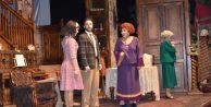 Çatalca'da Tiyatro Rüzgârı Ahududu İle Esti…
