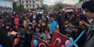 CHP#039;li gençler Roman çocukların yanında