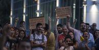 CHP önünde oturma eylemine katılım artıyor