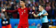 Cüneyt Çakır, EURO 2016#039;ya Veda Etti