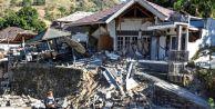 Deprem Felaketinin Yaralarını Saramayan Endonezya 6,2 ile Yeniden Sallandı!