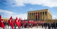 Devlet erkanı Ata#039;nın huzuruna çıktı