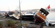Ege Sabaha Kadar Sallandı! Turistler Sokakta, Şezlongda Sabahladı