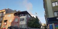 Esenyurt#039;ta binanın çatısında yangın