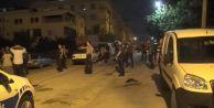 Esenyurt#039;ta hareketli dakikalar: Sopalarla saldırdılar, polis ateş açtı