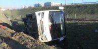 Esenyurt#39;ta Servis Aracı Kaza Yaptı; 8 Yaralı