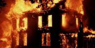 Feci yangında baba ile 2 çocuğu öldü!