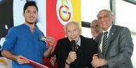 Galatasaray#039;ın efsane başkanı hayatını kaybetti