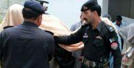 Genç kız köy meclisi kararıyla yakıldı