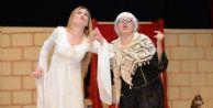 #039;Hamlet#039;i işaret dili ile oynadılar