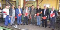 Işıklar 500 bin Türk Bayrağı hediye etti