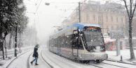 İstanbul#039;da kar kalınlığı 130 santimetreye ulaştı