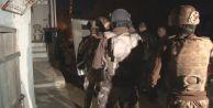 İstanbul#039;da operasyon: Gözaltılar var