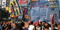 İstanbul  Taksim'de  Gezi Parkı  YASAK !!