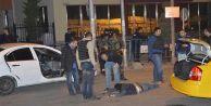 İstanbul#039;da şüpheli bir kişi polise ateş açtı