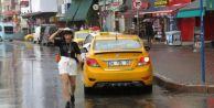 İstanbul#039;da yağmur etkili oluyor