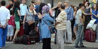 İstanbul Otogarı#039;nda Biletler Tükeniyor