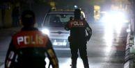 İstanbul#039;un 39 İlçesinde 5 Bin Polisle Uygulama Yapıldı