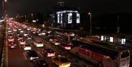 İstanbullu geceyi yolda geçirdi