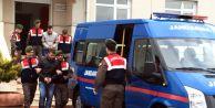 Uyuşturucu Zanlıları Jandarma Trafik Timine Yakalandı