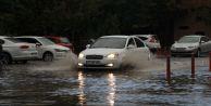 Kırklareli#039;ni Vuran Sağanak Yağmur, İstanbul#039;a Yaklaşıyor!
