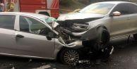 Kontrolden çıkan otomobil dehşet saçtı! Ok gibi saplandı