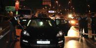 Lüks otomobil kurşunlandı: 1 ölü, 1 yaralı