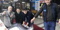 Marmaradan 3 metre yılan balığı çıktı
