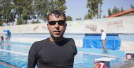 Milli yüzücü engellilere rol model oldu