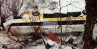 Muş#039;ta Yolcu Otobüsü Dereye Uçtu: 6 Ölü, 20 yaralı