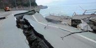 Ordu sele teslim: Sekiz köprü yıkıldı