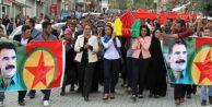 PKK#039;lı Cenazesini Taşıyan Vekile Soruşturma Şoku