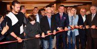 Şener Şen ve Ayşen Gruda'yı onurlandıran açılış