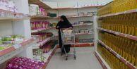 Sevgi Eli Market ihtiyaç sahibi ailelere yardım eli uzatıyor