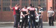 Silivri#039;de kardeş kardeşi vurdu