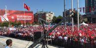 Taksim, 24 Temmuz: Darbeye karşı omuz omuza
